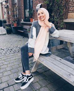 64 Ideas for fashion hijab remaja muslim Hijab Fashion Summer, Modest Fashion Hijab, Modern Hijab Fashion, Street Hijab Fashion, Hijab Casual, Muslim Women Fashion, Hijab Fashion Inspiration, Hijab Chic, Hijab Outfit
