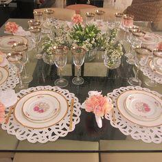 Os jogos americanos em Richelieu são super neutros,  combinam com qualquer tipo de louça e dão um toque de sofisticação e delicadeza para sua mesa. #decoração #inspiração #fotos #photo #mesa #tableware #tablescape #tabledecor #receberbem #vocemerece