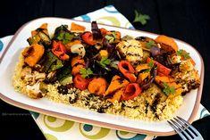 LEGUME LA CUPTOR PE PAT DE COUSCOUS | Diva in bucatarie Couscous, Kung Pao Chicken, Broccoli, Zucchini, Vegetarian, Ethnic Recipes, Diva, Food, Essen