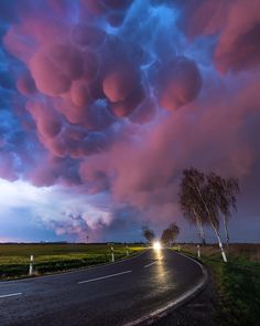 This is how I spend my summer - Chasing Storms through Germany & Europe. Those Mammatus Clouds caught sunset-fire above Leipzig, a stunning display. Mammatus Clouds, Nature Photography, Travel Photography, Germany Europe, Mother Nature, Cool Pictures, Storm Pictures, Beautiful Places, Around The Worlds