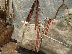 햄프린넨 가방 ~ : 네이버 블로그 My Bags, Needlework, Projects To Try, Reusable Tote Bags, Handbags, Embroidery, Purses, Photo And Video, Sewing