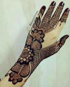 Mehndi Design Offline is an app which will give you more than 300 mehndi designs. - Mehndi Designs and Styles - Henna Designs Hand Henna Hand Designs, Eid Mehndi Designs, Mehndi Designs Finger, Latest Bridal Mehndi Designs, Simple Arabic Mehndi Designs, Mehndi Designs For Girls, Modern Mehndi Designs, Mehndi Design Pictures, Wedding Mehndi Designs