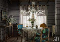 Дом-сруб в Подмосковье: работа декоратора Аллы Шумейко | AD Magazine