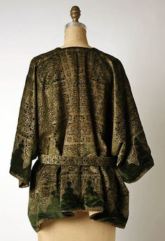 Evening jacket (image 2 - back) | Mariano Fortuny | Italian | 1920-30 | silk | Metropolitan Museum of Art | Accession Number: 1985.365.4a, b