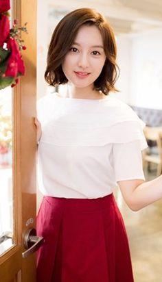 Kim Ji-won-I Gains Leverage from Hit TV Soap @ HanCinema :: The Korean Movie and Drama Database