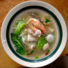 Seafood pork soup at Tua Thow, Johor Bahru. Wholesome goodness.