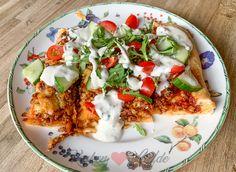 Turkse pizza van het bakblik - Keuken♥Liefde Pizza Vans, Cooking Time, Vegetable Pizza, Quiche, A Food, Nom Nom, Yummy Food, Delicious Recipes, Meat