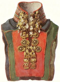 A goldwork collar of a traditional Sámi woman's gákti i. a national garment (folk costume) from Scandinavia. This gákti has a metal embroidery collar with pewter or silver thread and traditional Sámi silver jewellery buckles. Lappland, Folk Costume, Costumes, Gold Work, Ethnic Jewelry, Silver Jewellery, Ethnic Fashion, Traditional Dresses, Scandinavian