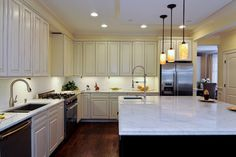 Single Family Rehab - 4706 N Damen - traditional - kitchen - chicago - Dunmore Design Build Inc