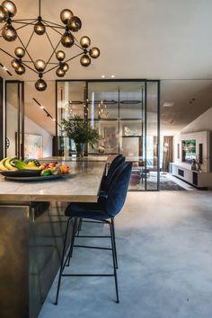 Boutique Interior Design, Home Interior Design, Art Deco Kitchen, Kitchen Design, Weird Furniture, Happy New Home, Luxury Home Decor, Beautiful Kitchens, Kitchen Interior