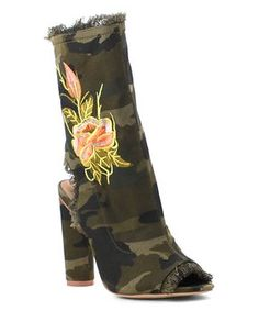 Camouflage Floral Connie Boot