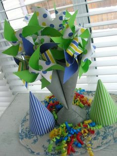 Spinning pinwheels & party hats