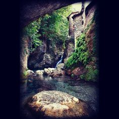 Candalla - a hot spring in Tuscany is a hidden gem!