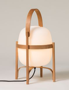 Catalogue | Santa & Cole Santa Cole, How To Bend Wood, Led, Nordic Home, Room Lamp, Diffused Light, Everyday Objects, Glass Globe, Light Table