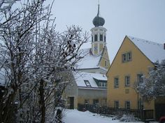 """""""Maria am Wasser"""", auch im Winter ist Pillnitz einen Besuch wert, nicht zuletzt wegen dieser Schifferkirche."""
