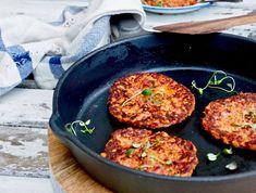 Feta-kasvispihvit Iron Pan, Feta, Breakfast, Ethnic Recipes, Morning Coffee