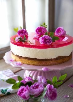 Ruusuinen raparperikakku   Kinuskikissa   Bloglovin' // Rhubarb Cheesecake with Rosewater
