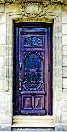 I love this front door. for some inspirational ideas - Purple Door,Blaye, Gironde, France Cool Doors, Unique Doors, Purple Door, Blue Doors, When One Door Closes, Knobs And Knockers, Door Gate, Grand Entrance, Closed Doors