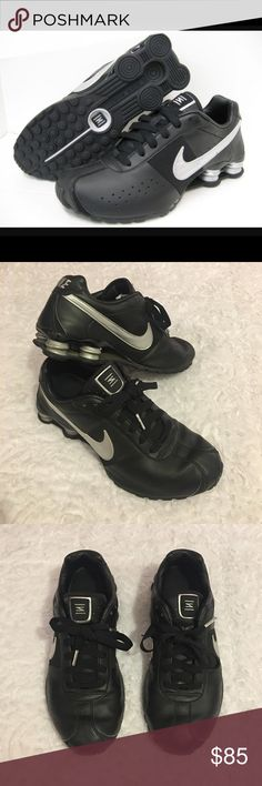 Nike Shox Classic II Running Shoes Black Size 10 Nike Shox Classic II Running Shoes. 343900-001. Black And Gray. Men's Size 10. Lightly Worn With Normal Wear And Tear. Great Pre Owned Condition. Nike Shoes Athletic Shoes