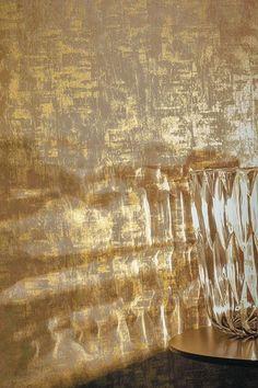 Quintessence wallpaper from Casamance Pattern Texture, Casamance, Interior Design Boards, Dream House Interior, Gold Paper, Carpet Design, Cool Wallpaper, Decoration, Textures Patterns