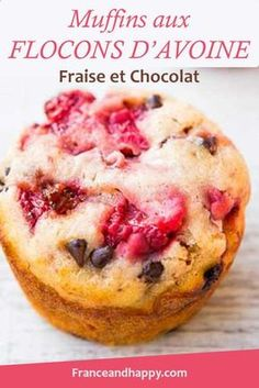 I had a strong urge for muffins, I had strawberries and chocolate, it gave strawberry muffins and ch Healthy Fruits, Healthy Desserts, Healthy Food, Healthy Recipes, Strawberry Muffins, Cake Factory, Bowl Cake, Homemade Butter, Warm Food