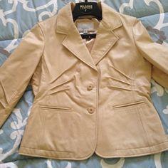 Vintage Wilson Leather Coat Like New Tan Leather Coat, Worn Once, Smoke Free Home Wilsons Leather Jackets & Coats Blazers
