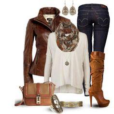 combinación campera, remera y pantalón (azul-blanco-marrón)