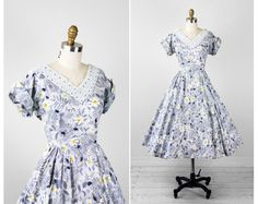 1950s dress / 50s dress / Daisy Floral Print Party Dress with Pockets and Rhinestones
