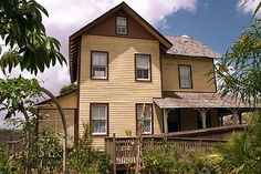 10 Scariest Places--Riddle House in Palm Beach County Florida Scary Places, Haunted Places, Creepy Things, Haunted Houses, Abandoned Places, Throughout The World, Around The Worlds, Ghost Adventures, Ghost Hunters