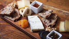 Forma 1610 Montana Ave Do you like cheese? Do you like cheese on cheese on cheese? Then you will love Forma, a small Italian restaurant in Santa Monica that has dedicated not only its...