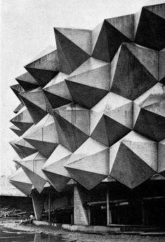 Carl Fingerhuth - Le Hérisson - Pavilion de l'armée suisse / Exposition nationale à Lausanne 1964.