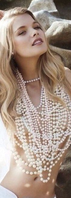 Pearls and nothin- outfit two
