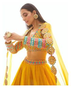 Damn how pretty is this bright yellow outfit!☀️ 'tis surely going to be the most sought after outfit for a day mehndi! Indian Bridal Outfits, Indian Designer Outfits, Pakistani Outfits, Designer Dresses, Indian Attire, Indian Wear, Lehnga Dress, Indian Lehenga, Lehenga Dupatta