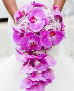 When love blooms Absolutely gorgeous purple bouquet by DaVinci Florists captured by #prettyperfectpartner Natarsha Wright Photography #weddings #bouquet #floral