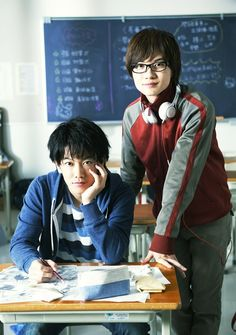 Bakuman live action movie starring Takeru Satoh & Ryunosuke Kamiki planned for 2015, directed by Hitoshi Ōne (Moteki live action adaptation).