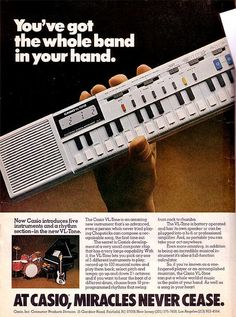 Casio or VL-Tone, The first (affordable) synthesizer on the market, with sequencer and calculator. British new wave group Human League used it on their album Dare! Karaoke, Vintage Synth, Vintage Keys, Moog Synthesizer, 80s Ads, Recording Studio Design, Drum Machine, Old Computers, Electronic Music
