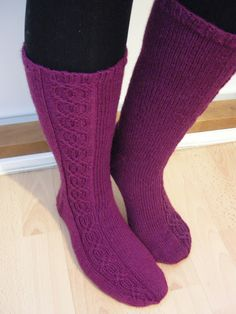 Wool Socks, Knitting Socks, One Color, Colour, Yarn Colors, Leg Warmers, Knit Crochet, Slippers, Legs