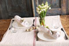 Inspiration for a Easter Table for Two ....handmade Tablerunner and handmade napkins...
