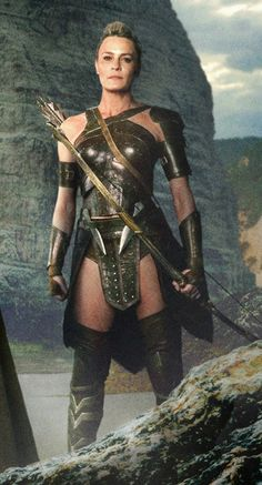 Robin Wright as General Antiope! ❤❤❤❤❤❤ http://www.tor.com/2017/06/06/princess-buttercup-became-the-warrior-general-who-trained-wonder-woman-all-dreams-are-now-viable/