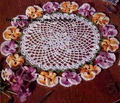 The New Pansy English pattern for doily free vintage crochet doilies patterns Vintage Crochet Doily Pattern, Free Doily Patterns, Crochet Dollies, Crochet Flowers, Flower Patterns, Crochet Patterns, Pattern Flower, Free Pattern, Thread Crochet