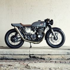 """The case of the cursed Honda CB750K. """"Anyone who's ever tinkered with bikes knows how the story starts: You buy a cool old bike, probably over-pay for it, and ride it for awhile until it inevitably starts to have problems,""""says Federal Moto lead builder Peter Müller. But just look at this beautiful classic Honda CB cafe racer now."""