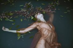 Poetic Painting-like Series of Portraits Photography