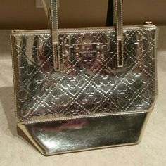 5a6b3e5e3ae Kate Spade Jerald beale street handbag purse Small, cute gold Kate Spade.  MEASUREMENTS: