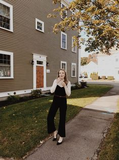 Leslie Musser styling an easy, comfortable, chic holiday party outfit with ethical fashion brand LACAUSA featuring a jumpsuit and turtleneck