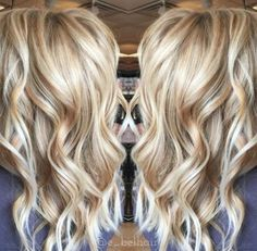 The Perfect Fall Hair Inspiration For Blondes! The Perfect Fall Hair Inspiration For Blondes! Champagne Hair Color, Brown Blonde Hair, Copper Blonde, Blonde Curls, Summer Blonde Hair, Blonde Tips, Blonde Waves, Warm Blonde, Medium Blonde