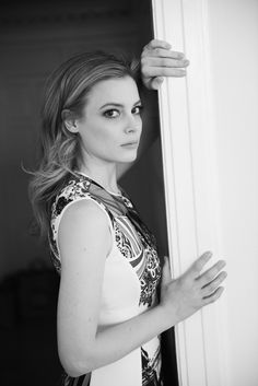 awesome 5 Chic Style Habits for every age , Check out 5 Daily Habits that will make you more stylish because there are just a few simple things well dressed women do every day. From planning yo. Gillian Jacobs Love, Gorgeous Blonde, Black And White Portraits, Celebrity Look, Celebs, Celebrities, Hollywood Glamour, Beautiful Actresses, Chic Outfits