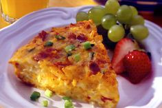 Our breakfast pie is loaded with bacon, shredded monterey jack cheese, and potatoes. Prepare easily in just 15 minutes and you have breakfast for the family. What's For Breakfast, Breakfast Recipes, Country Breakfast, Irish Breakfast, Good Food, Yummy Food, Dinner Dishes, Breakfast Casserole, Cheese Recipes