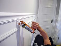 how to install wainscoting and chair rail: tutorial