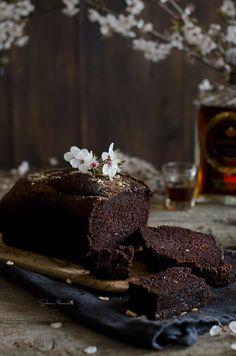 Bizcocho de chocolate con café y brandy