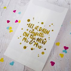 We really have an eye for all things gold and glittery here at hitched, so we adore these confetti bags complete with gold foil writing, also from Sixpence Paperie.